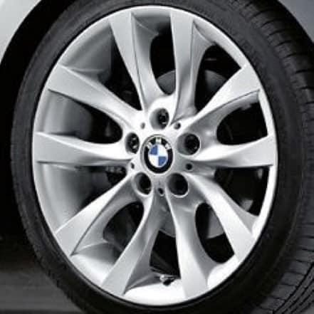 Genuine BMW 1 Series E81 E82 E87 E88 Style 217 18″ inch V Spoke Alloy Wheels with Silver Finish 36116775634 36116779380