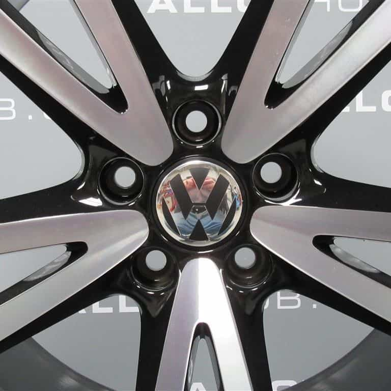 "Volkswagen Golf MK7 MK6 Vision 18"" Black/Diamond Turned Alloy Wheel"