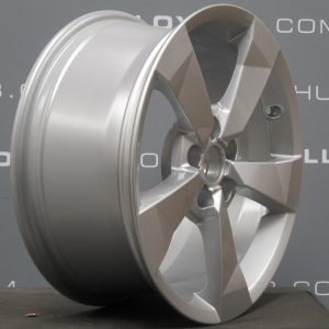 "Genuine Audi A1 8 x 5 Spoke 16"" Inch Alloy Wheels with Silver Finish 8XA 601 025 A"
